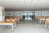 宽敞明亮的自习室